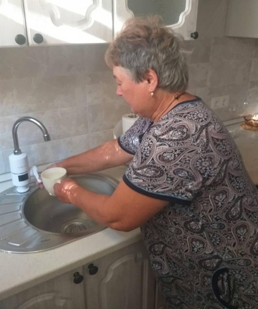 Au schimbat apa dură din izvoare și fântâni pe cea filtrată de la robinete